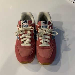 New Balance 696 Retro Fashion Sneakers